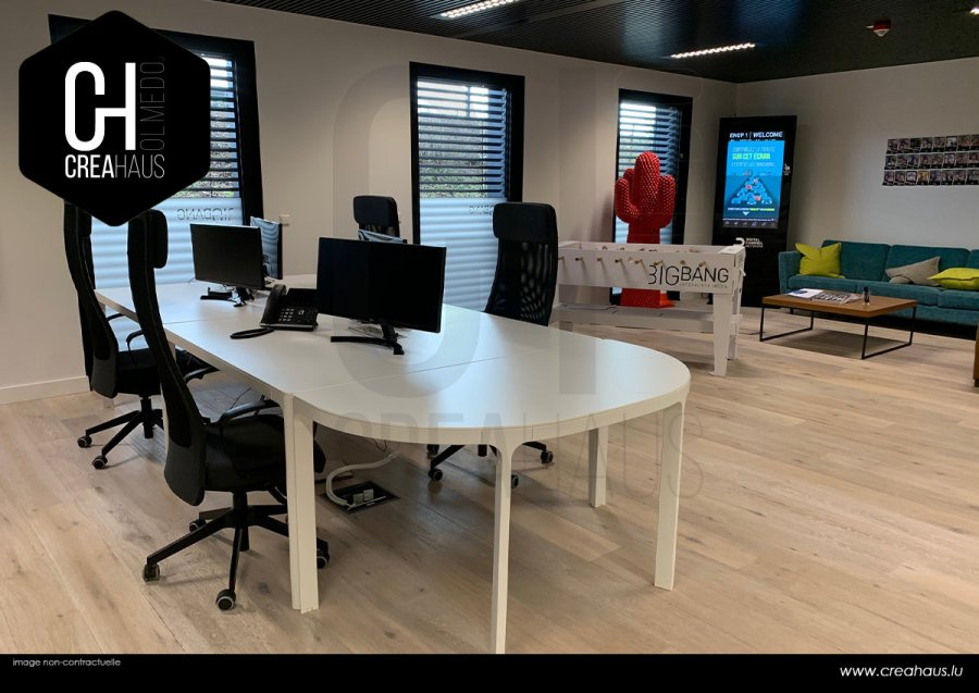 louer bureau 0 chambre 122 m² strassen photo 1