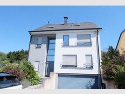 Detached house for rent 5 bedrooms in Walferdange - Ref. 7013536