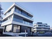 Garage - Parking à louer à Strassen - Réf. 6609056