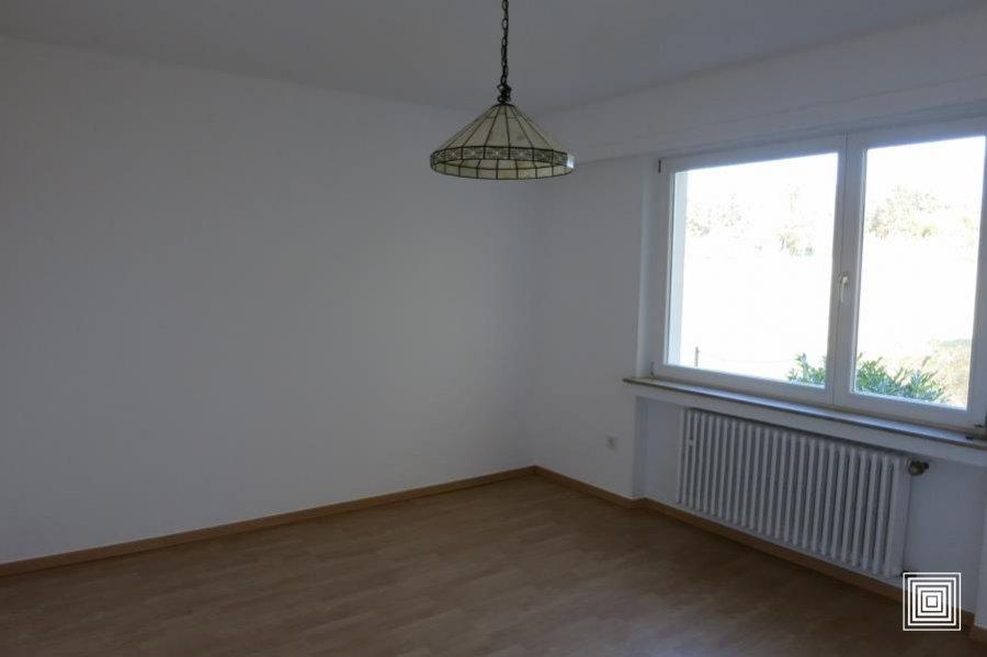 louer maison jumelée 4 chambres 178 m² strassen photo 4