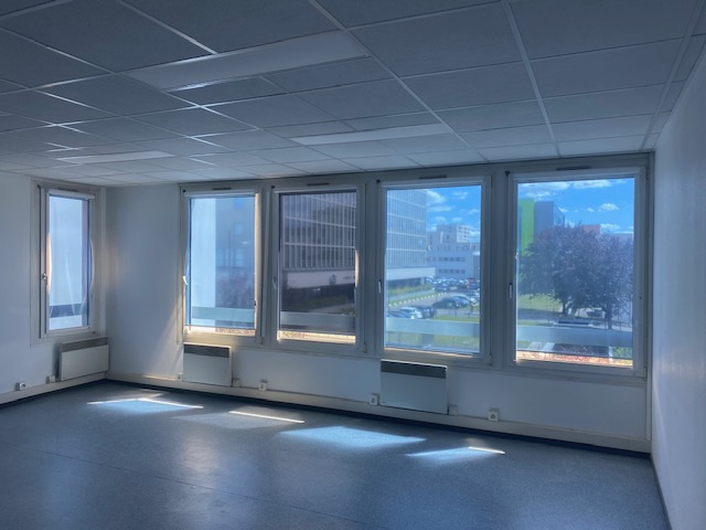 louer bureau 6 pièces 175 m² metz photo 3