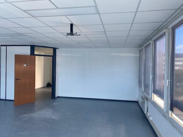 louer bureau 6 pièces 175 m² metz photo 4