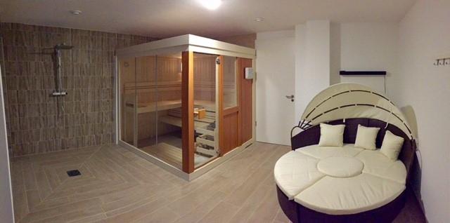 louer maison individuelle 0 pièce 300 m² rochesson photo 4
