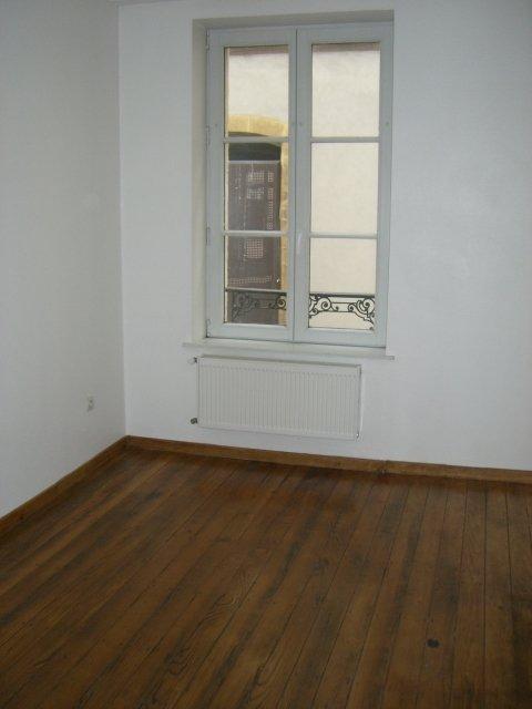 louer appartement 3 pièces 48 m² metz photo 3