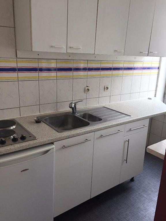 louer appartement 2 pièces 37.58 m² lille photo 3