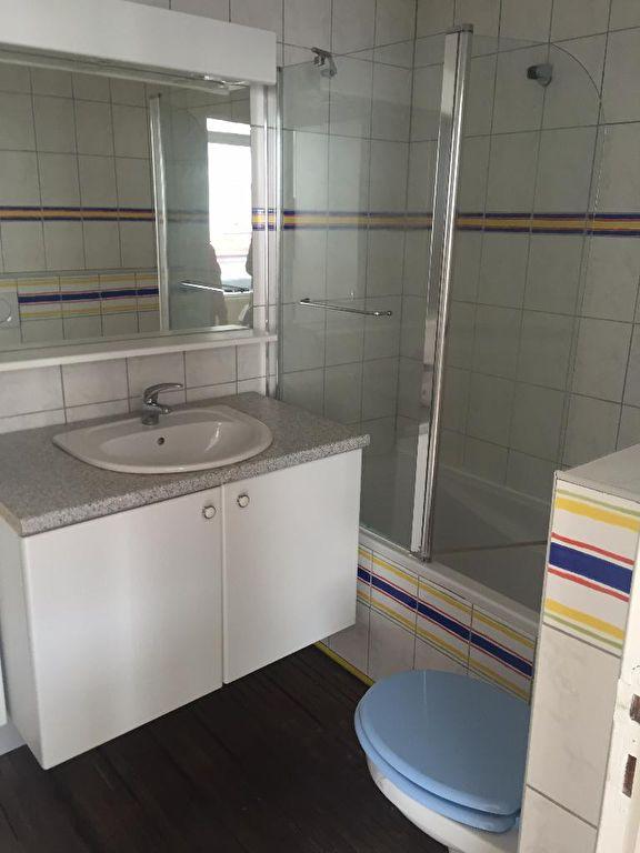 louer appartement 2 pièces 37.58 m² lille photo 4