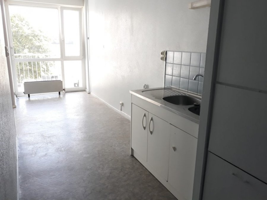 louer appartement 4 pièces 99 m² metz photo 3