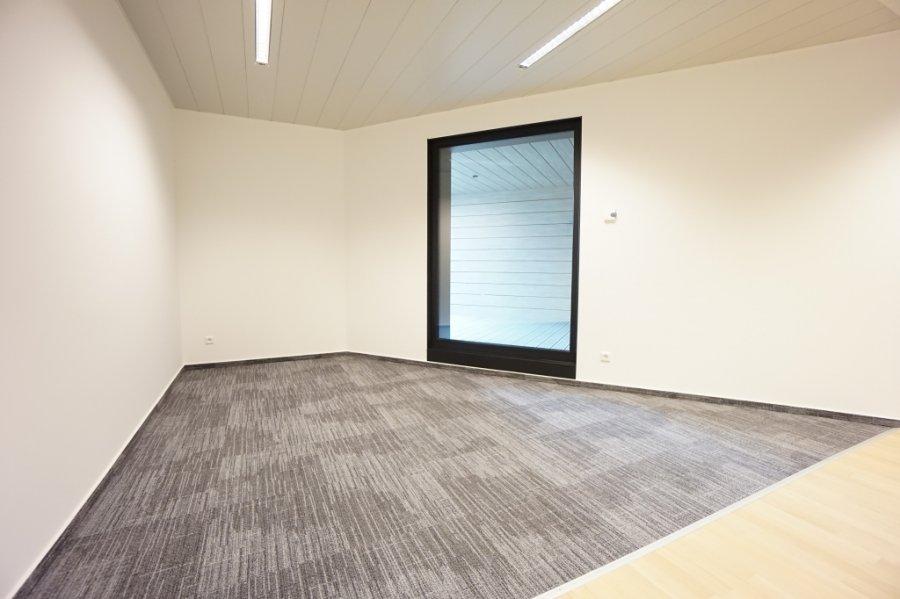 louer bureau 8 chambres 285 m² strassen photo 6