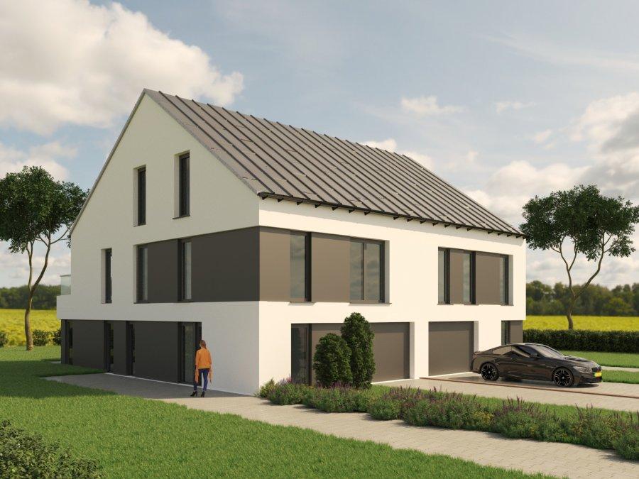 Maison jumelée à vendre 3 chambres à Filsdorf