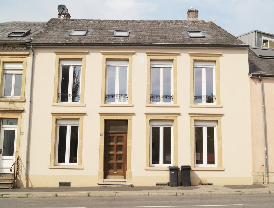 Maison mitoyenne à louer 5 chambres à Luxembourg-Hollerich