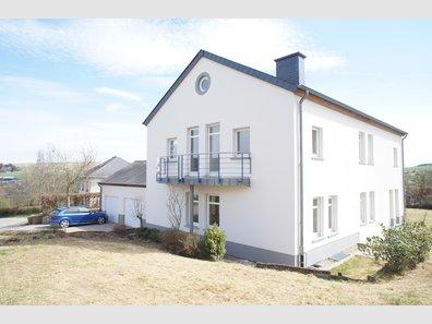 Maison à vendre 4 Chambres à SurrE - Réf. 5178576