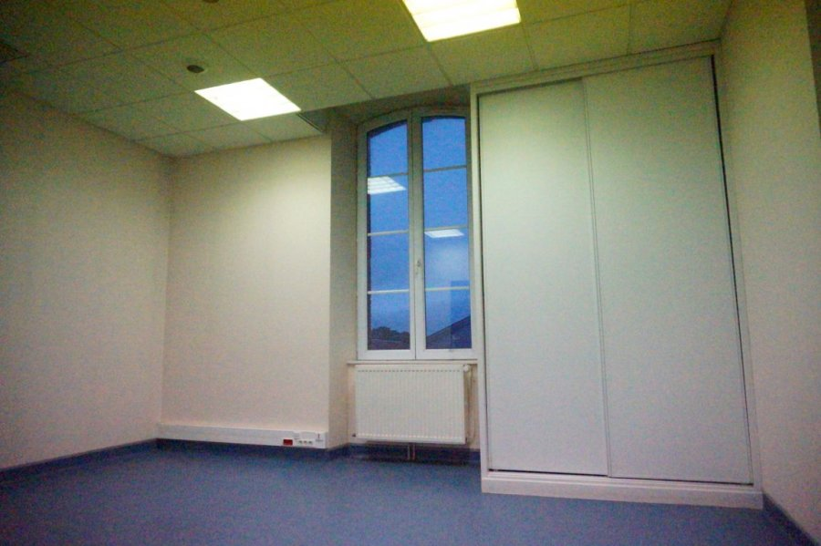 louer local commercial 1 pièce 26 m² toul photo 2