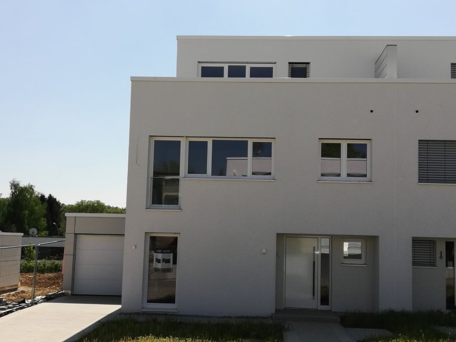 semi-detached house for rent 4 bedrooms 200 m² leudelange photo 1