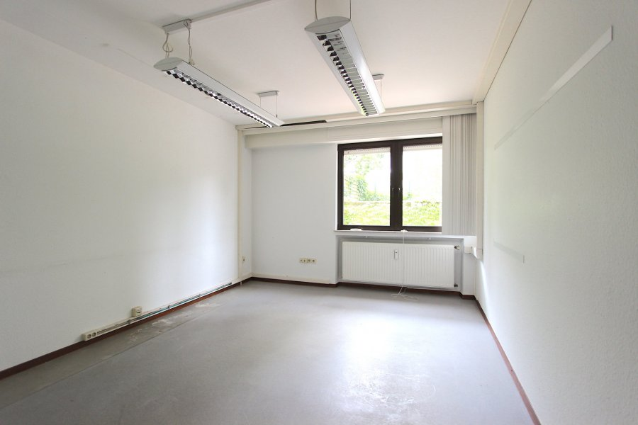 louer bureau 0 chambre 144 m² luxembourg photo 6