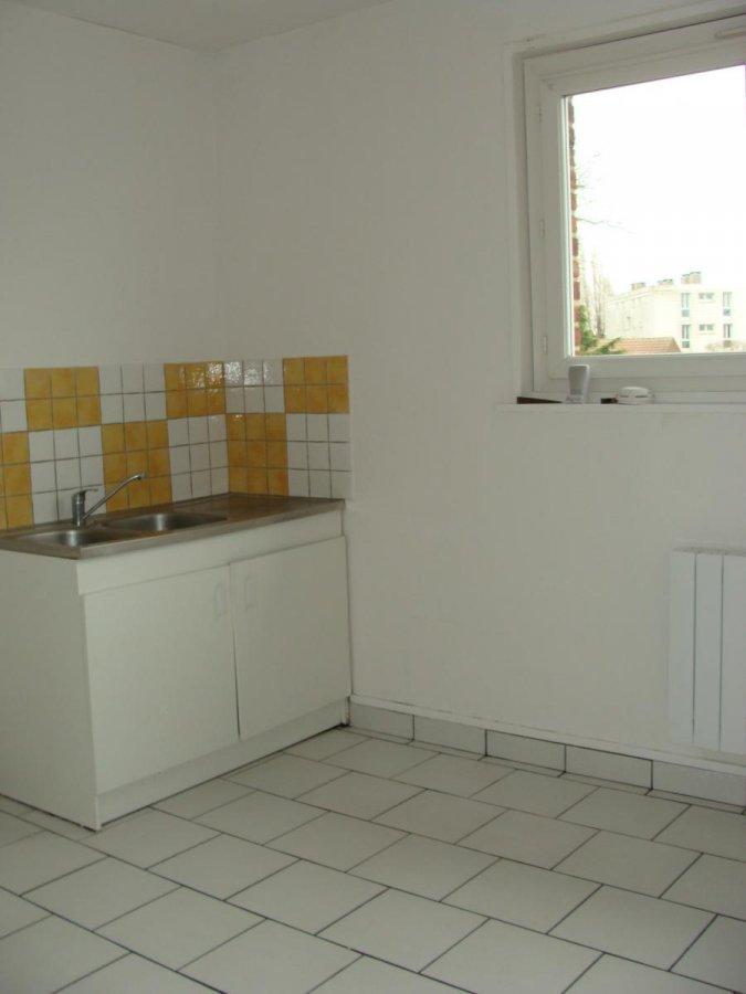 louer appartement 3 pièces 43.79 m² hénin-beaumont photo 3