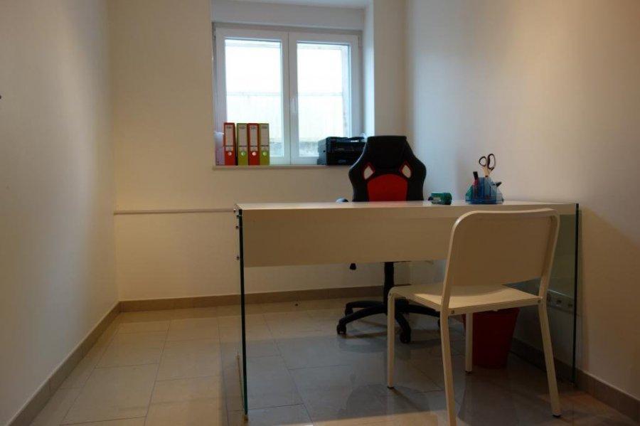 louer bureau 0 chambre 9 m² mamer photo 4