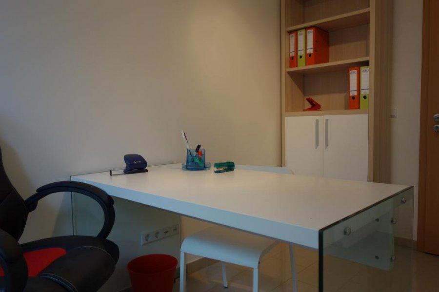 louer bureau 0 chambre 9 m² mamer photo 3