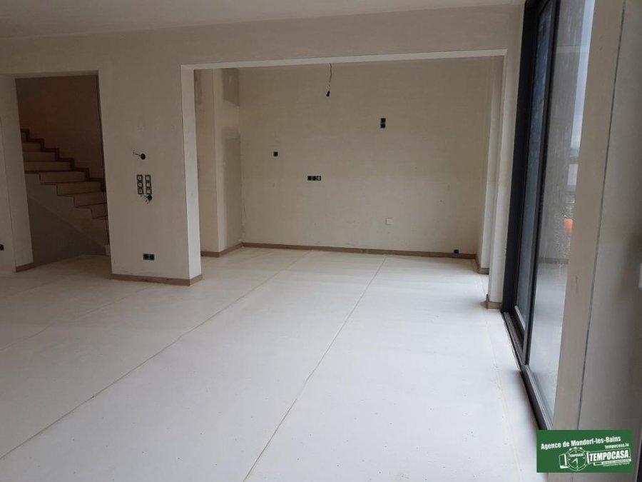 louer maison jumelée 4 chambres 240 m² canach photo 2