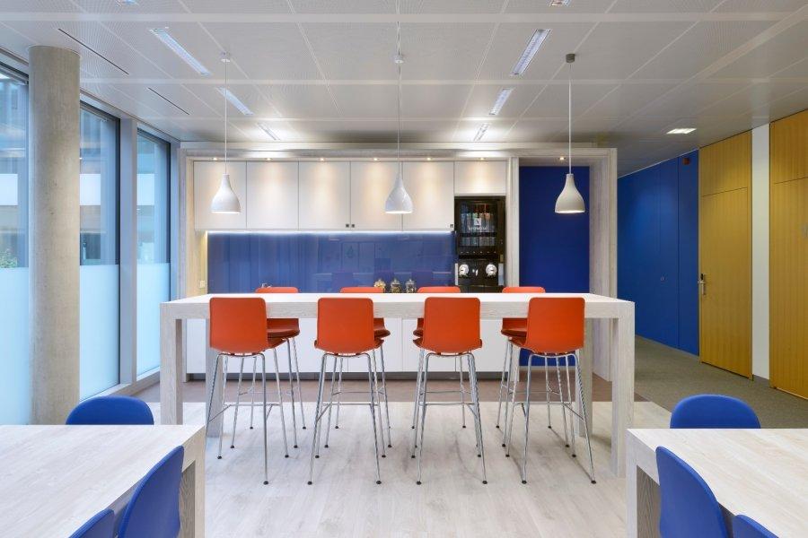 louer bureau 0 chambre 100 m² bertrange photo 6