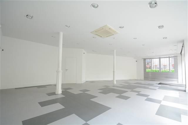 louer local commercial 0 pièce 95 m² arlon photo 4