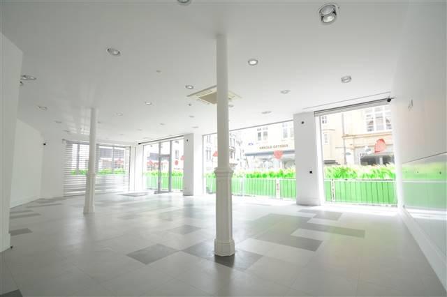 louer local commercial 0 pièce 95 m² arlon photo 3