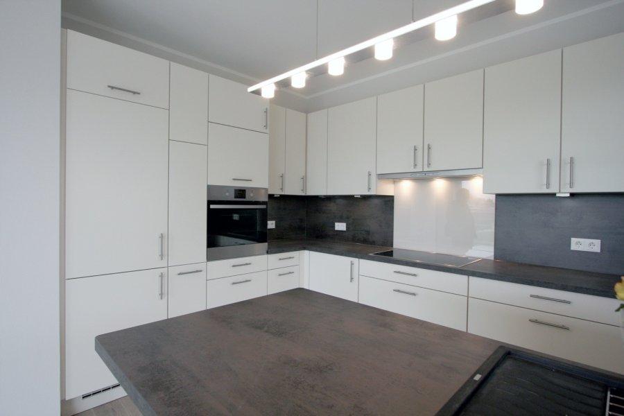 louer appartement 2 chambres 92 m² strassen photo 3