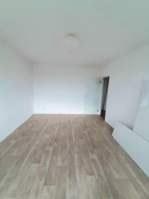 louer appartement 2 pièces 48.2 m² metz photo 2