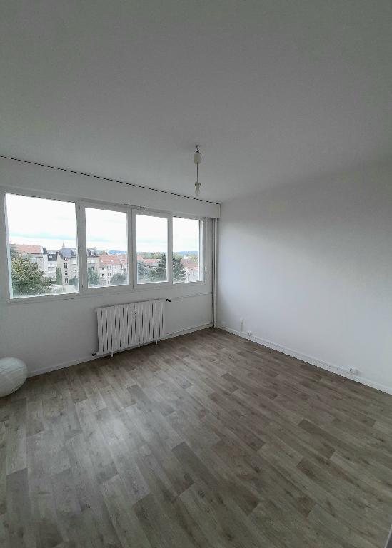 louer appartement 2 pièces 48.2 m² metz photo 1
