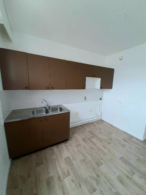 louer appartement 2 pièces 48.2 m² metz photo 3
