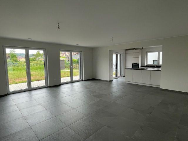 louer maison jumelée 3 chambres 212 m² vichten photo 4