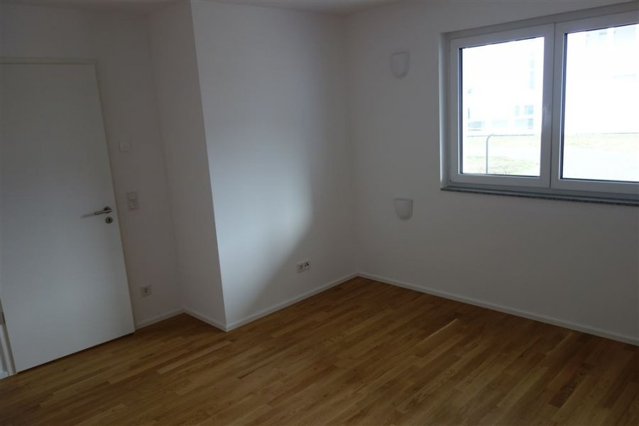 wohnung mieten 2 zimmer 68.02 m² trier foto 4