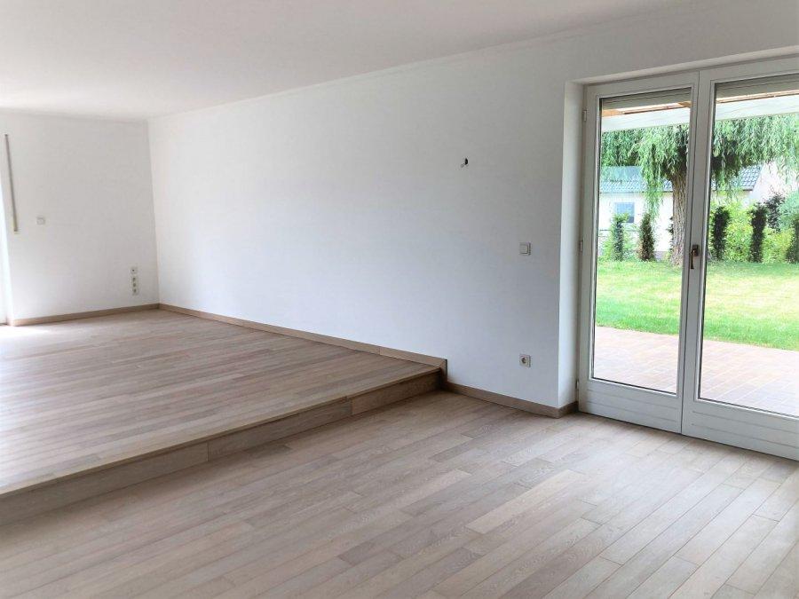 louer maison individuelle 5 chambres 200 m² frisange photo 4