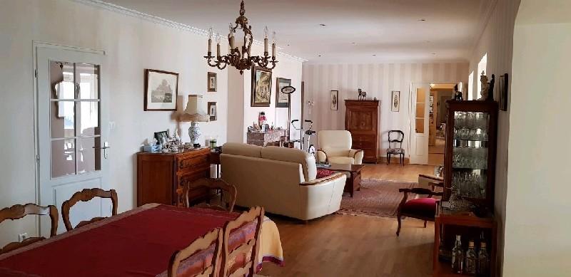 acheter appartement 6 pièces 179 m² château-gontier photo 3