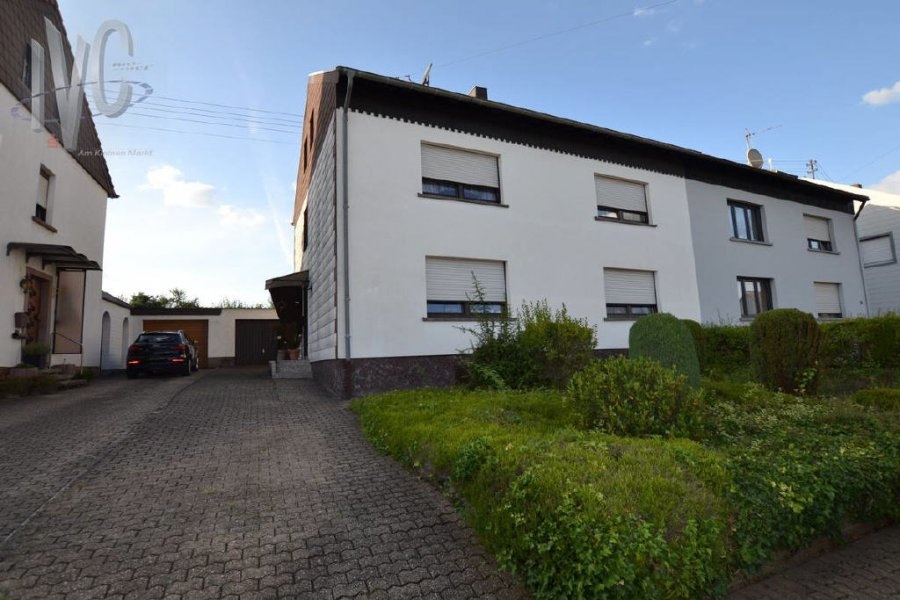 house for buy 6 rooms 179 m² nalbach photo 1