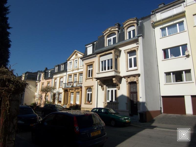 louer maison mitoyenne 5 chambres 0 m² luxembourg photo 1