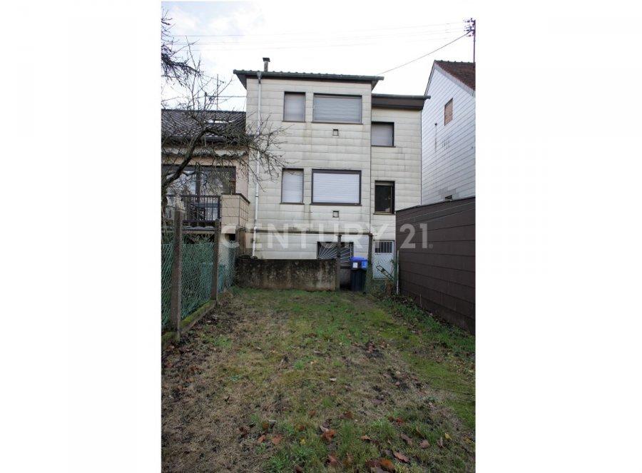 Einfamilienhaus kaufen • Saarbrücken • 127 m² • 113 000