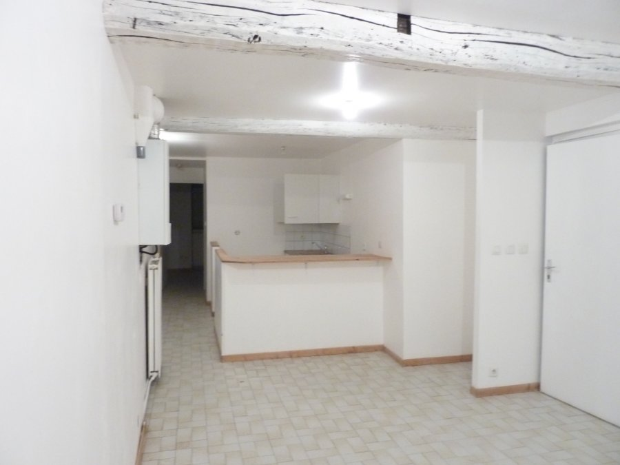 louer appartement 2 pièces 43 m² toul photo 1