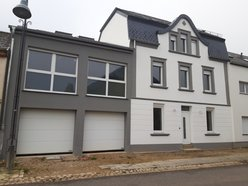 Townhouse for sale 4 bedrooms in Beckerich - Ref. 6712401