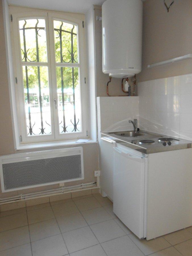 louer appartement 1 pièce 18.06 m² metz photo 2