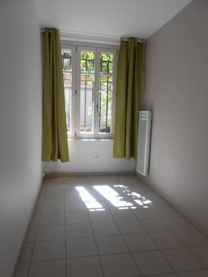 louer appartement 1 pièce 18.06 m² metz photo 1