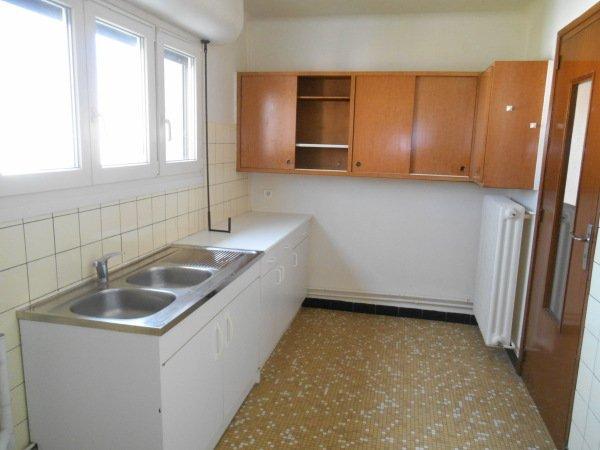 louer appartement 2 pièces 53 m² jarville-la-malgrange photo 2