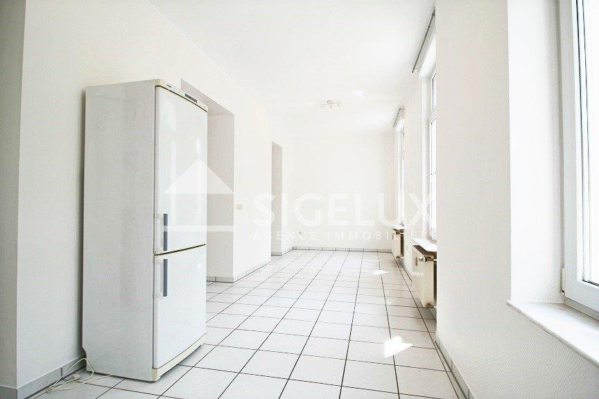 Appartement à louer 3 chambres à Luxembourg-Limpertsberg