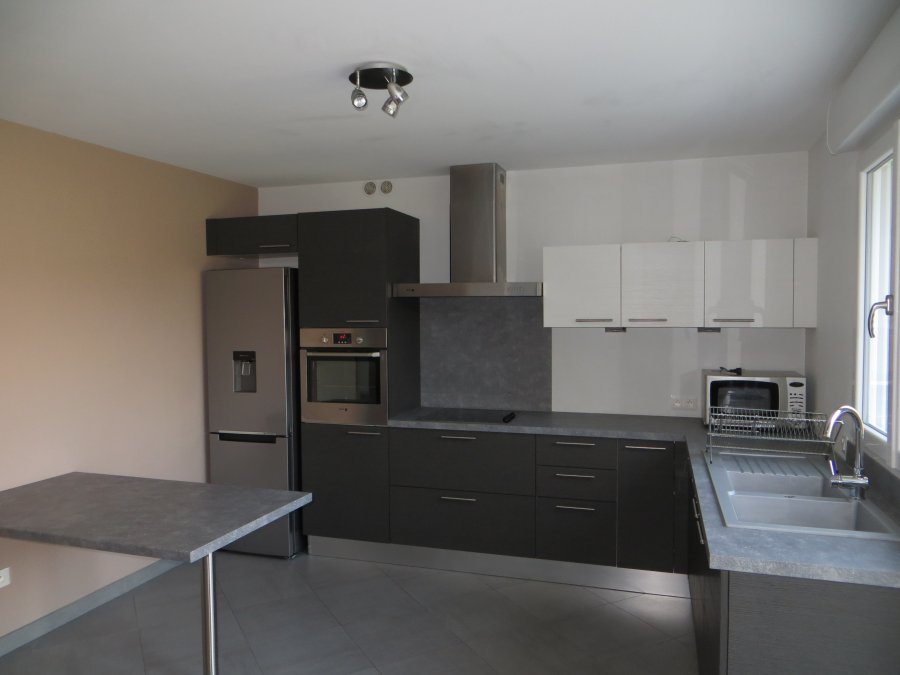 house for rent 5 rooms 140 m² budling photo 1