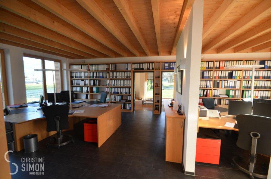 Bureau à louer 4 chambres à Walferdange
