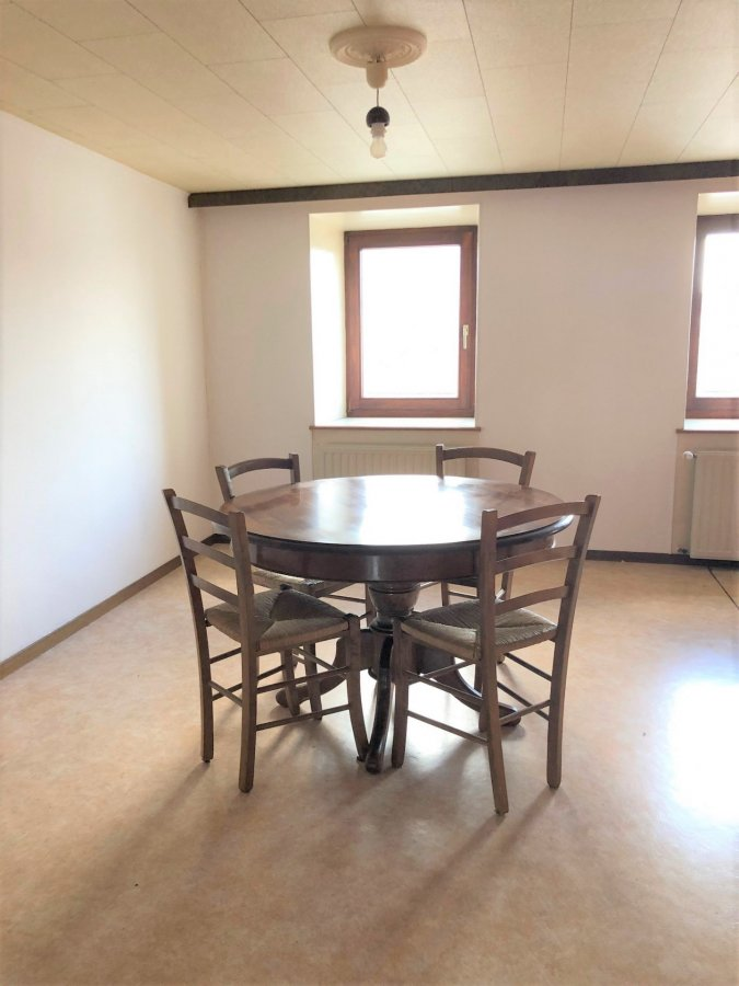 louer appartement 0 chambre 85 m² niederkorn photo 4