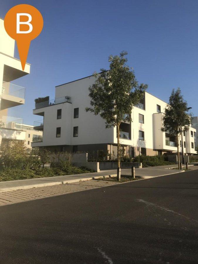 Garage - Parking à louer à Luxembourg-Cessange