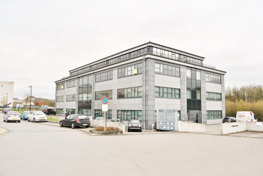 louer bureau 0 chambre 700 m² mamer photo 1