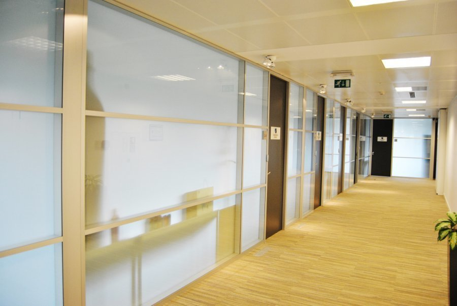 louer bureau 0 chambre 700 m² mamer photo 3