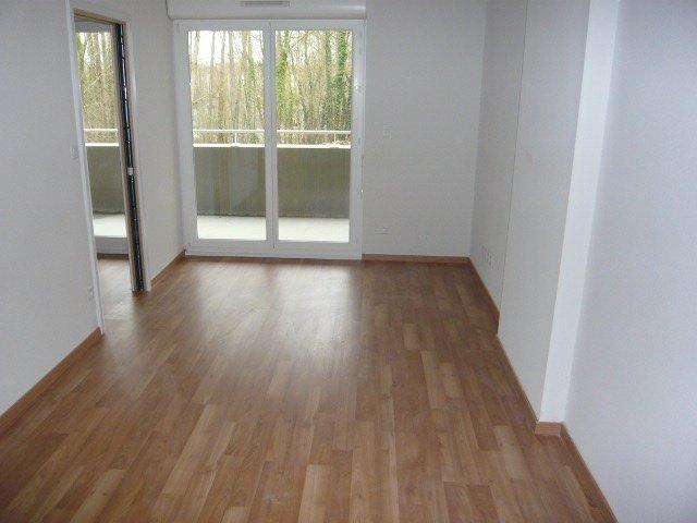 louer appartement 2 pièces 43.6 m² thionville photo 2