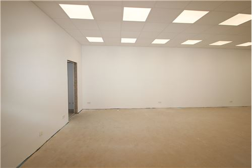 büro mieten 2 zimmer 140 m² püttlingen foto 4